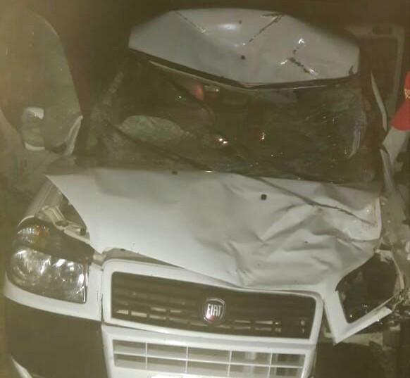 Mais um veículo da secretaria de saúde de Tanhaçu se envolve em acidente; é o segundo desde o início do mês