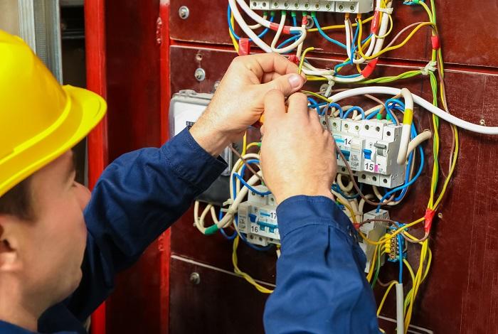 Coelba abre inscrições para formação gratuita de eletricistas em Brumado