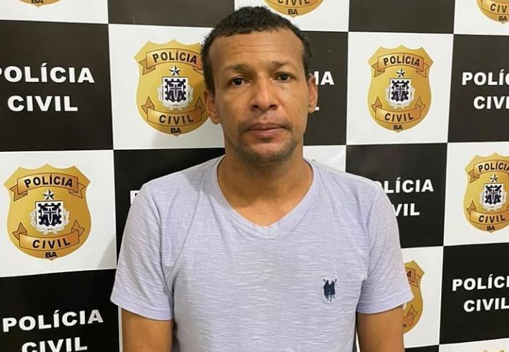 Ituaçu: Acusado de estupro, ex-secretário de obras se entrega a polícia