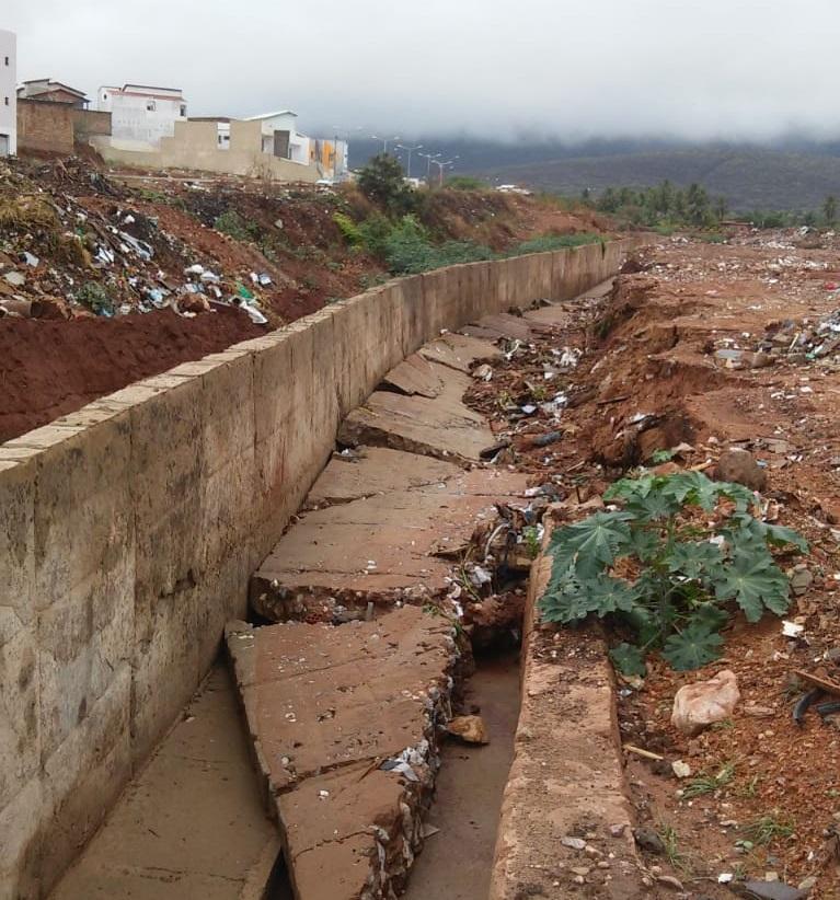 Prefeito emite nota sobre os danos causados pela chuva em Brumado