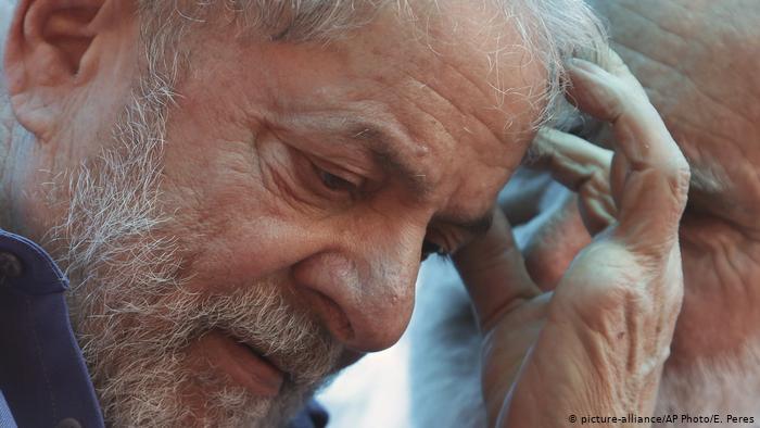 Lula vira réu pela décima vez