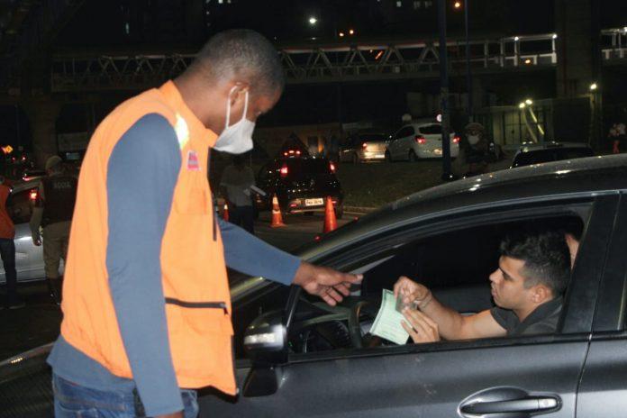 Condutores podem dirigir com CNH vencida sem risco de punições na Bahia
