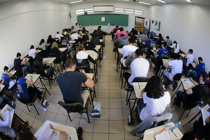 EAD Unicesumar oferece mais de 10 mil bolsas de estudo em vestibular nacional