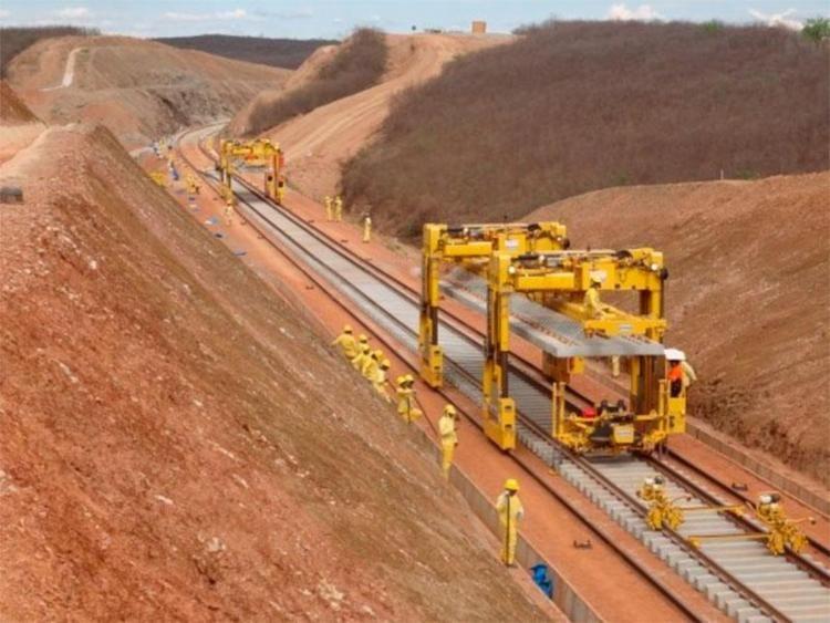 Projeto da Ferrovia Oeste-Leste vai ignorar quase 1.000 km do território baiano