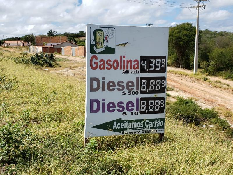 Brumado se destaca com gasolina mais cara da região; em Aracatu o preço é bem inferior