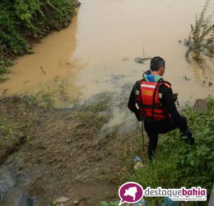 Corpo de Bombeiro já está a caminho de Brumado para tentar encontrar corpo desaparecido no Rio do Antônio na zona rural