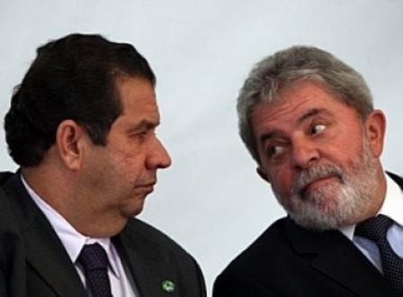 'Isso sai na urina', diz Lula a Lupi sobre acusação de corrupção
