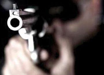 Irmãos tentam fugir de assaltantes e acabam sendo baleados