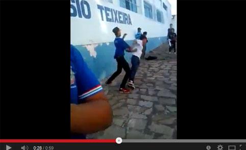 Onda de violência também presente nas escolas, veja o video.