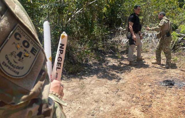 Polícia cumpre mandados e apreende explosivos ilegais no interior da Bahia