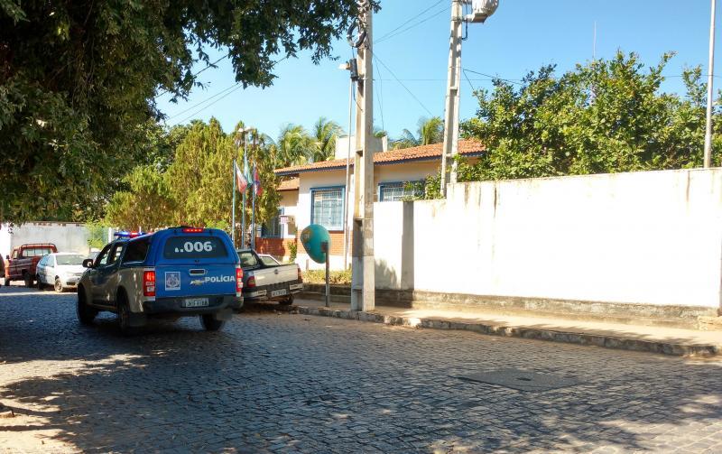 Brumado: Após denúncia, policia Militar fecha bar que estava descumprindo decreto municipal de prevenção ao Coronavírus