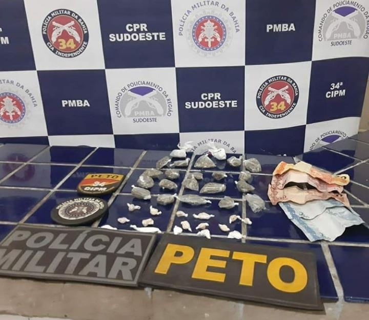 Brumado: Peto da 34ª CIPM apreende drogas e máquinas caça níqueis em ação no bairro São Jorge