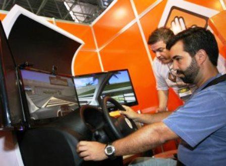 Com aulas obrigatórias em simulador, custo para tirar habilitação aumentará até 20%