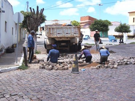 Prefeitura começa reparar estragos causados pela chuva
