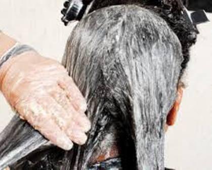 Barreiras: Mulher morre após aplicar alisante no cabelo