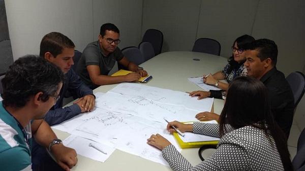 Gil Rocha se reúne com equipe da Desenbahia em prol de obra no Centro da cidade