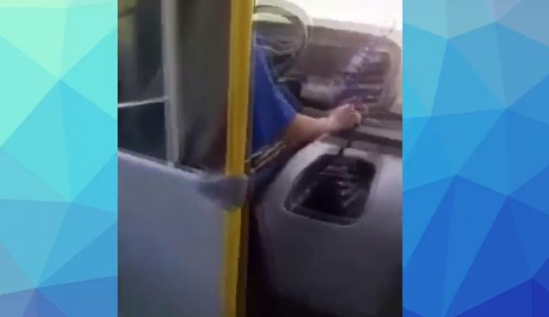 Motorista de ônibus escolar de Rio do Antônio é suspenso de sua função após trocar agressão verbal com aluna; veja o vídeo