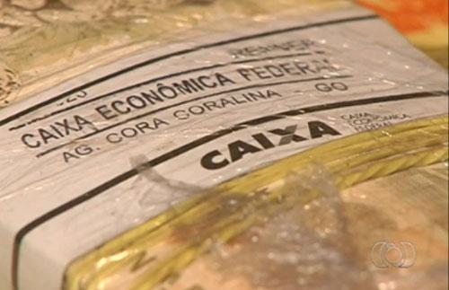 Mais de R$ 1,3 milhão é encontrado em veículo no aeroporto de Goiânia