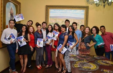 Uesb: Estudantes de jornalismo lançam a Revista Contraplano