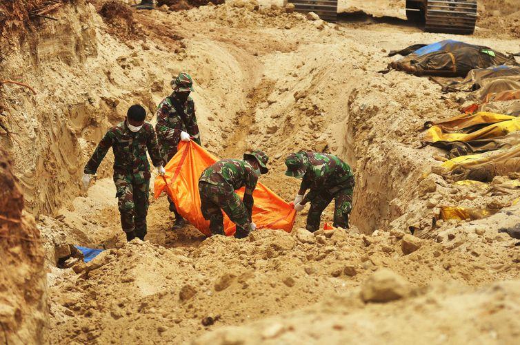 Número de Mortos em desastres na Indonésia chega a 1.407