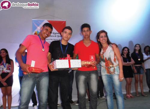 Festival de canção estudantil revela jovens de grandes talentos da Região