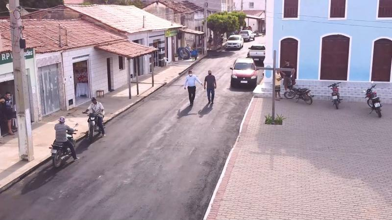 Tranqueiras, distrito de Ituaçu recebe pavimentação asfáltica, veja o vídeo