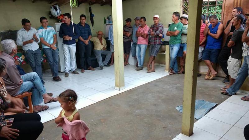 Prefeito de Guajeru se reúne com representantes de comunidades rurais para ouvir suas demandas