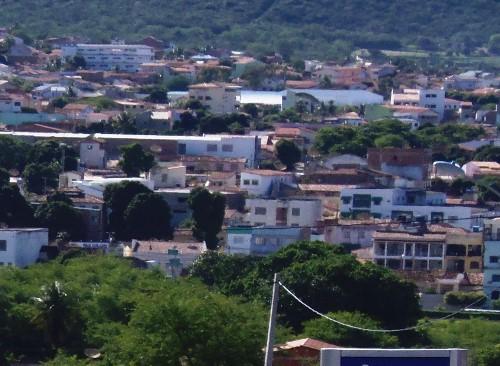 Assaltante atira em comerciante em tentativa de assalto no Bairro São Félix