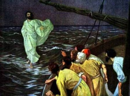 Pastor que garantia 'caminhar pela água' como Jesus morre afogado