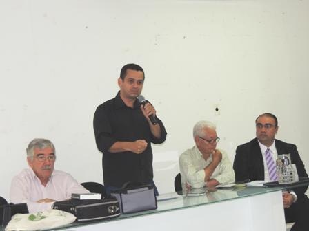 Comissão em prol da reinstalação da defensoria pública participa de reunião do CMDS