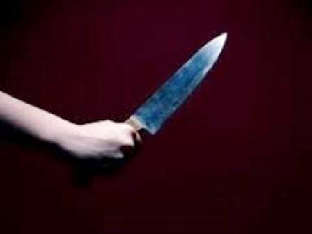 Marginais armados com faca invadem residência e ameaçam criança de 08 anos