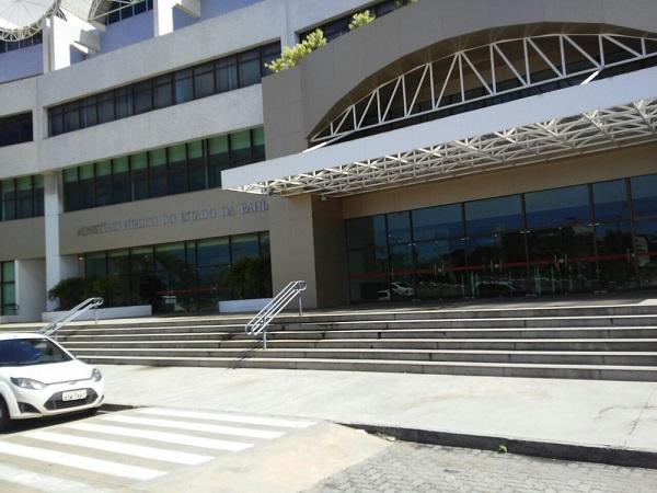 MP-BA divulga concurso para promotor com salário de mais de R$ 23 mil