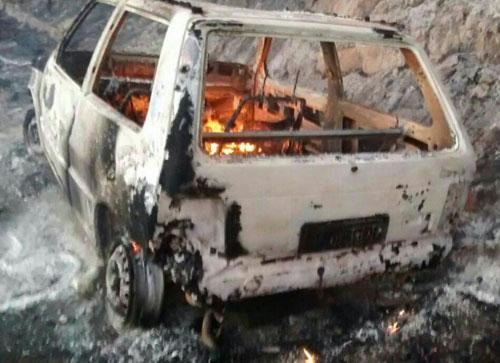 Carro pega fogo em movimento na Serra das Almas