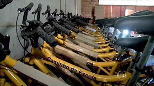 Arataca: Estudantes aguardam entrega de bicicletas de prefeitura há 3 anos