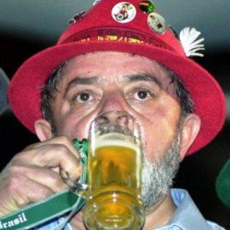 Lula participa de inauguração de fábrica de cerveja na Bahia, anuncia deputado