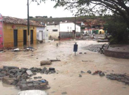 Lajedinho: Tragédia, sobe para sete o número de mortos