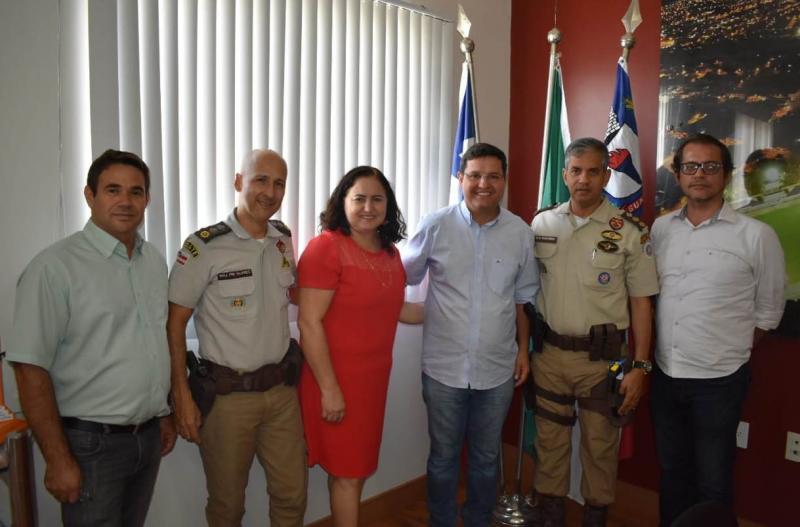 Prefeitura de Guanambi e comandante do 17º BPM definem implantação do modelo do Colégio Militar