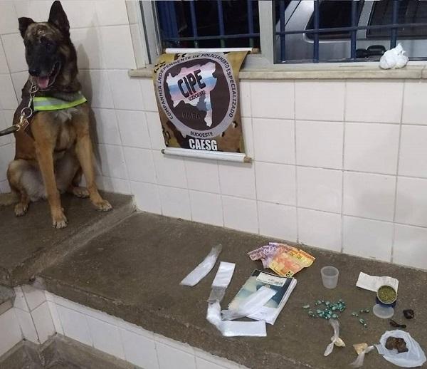 Cipe Sudoeste prende homens por tráfico de drogas em Brumado
