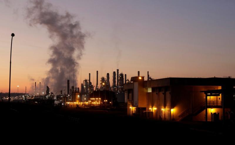 Incêndio atinge refinaria da Petrobras em Paulínia, em São Paulo