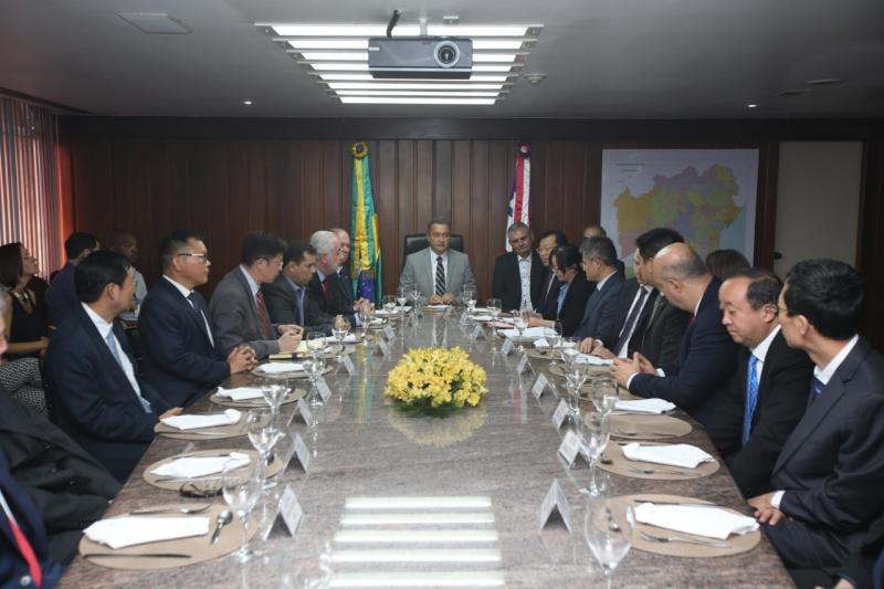 Presidentes de empresas chinesas avaliam obras da Ferrovia Oeste-Leste, Porto Sul e exploração de mina de ferro