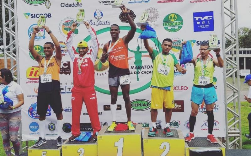 Brumadense é campeão nos 5km da Meia Maratona da Costa do Cacau em Itabuna