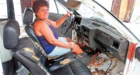 Catu : Baiana vai dançar 'Beijinho no Ombro' por carro reformado no 'Lata Velha'