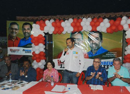 Zé Ribeiro e Valdenor lançam oficialmente campanha em Brumado