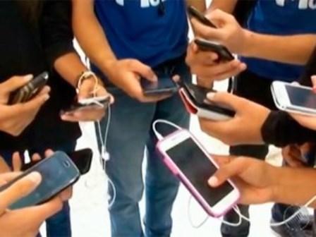 Telefonia móvel terá nono dígito até final de 2015, diz Anatel