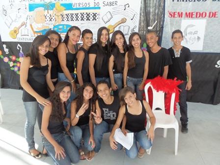 Escola Graça Assis realiza o III sarau ' Versos do Saber'