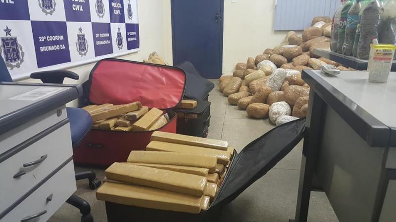 Mais de 1 tonelada de drogas é incinerada pela Polícia Civil em Brumado