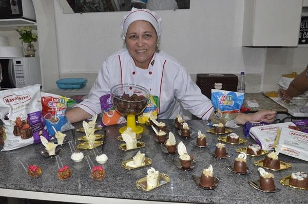 Bella Vista Embalagens realiza mais um curso de gastronomia, desta vez de doces e salgados