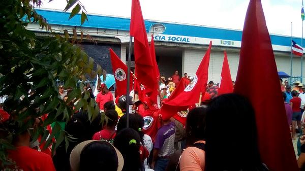 Servidores de Brumado e Malhada de Pedras participam de manifestação contra a Reforma da Previdência em Conquista