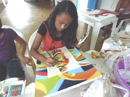 """Jovens são beneficiados com Projeto """"Aprendendo com Arte e Cultura,"""" da ACRESC"""