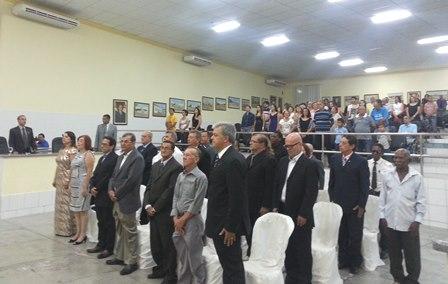 Câmara entrega 26 títulos de cidadão brumadense